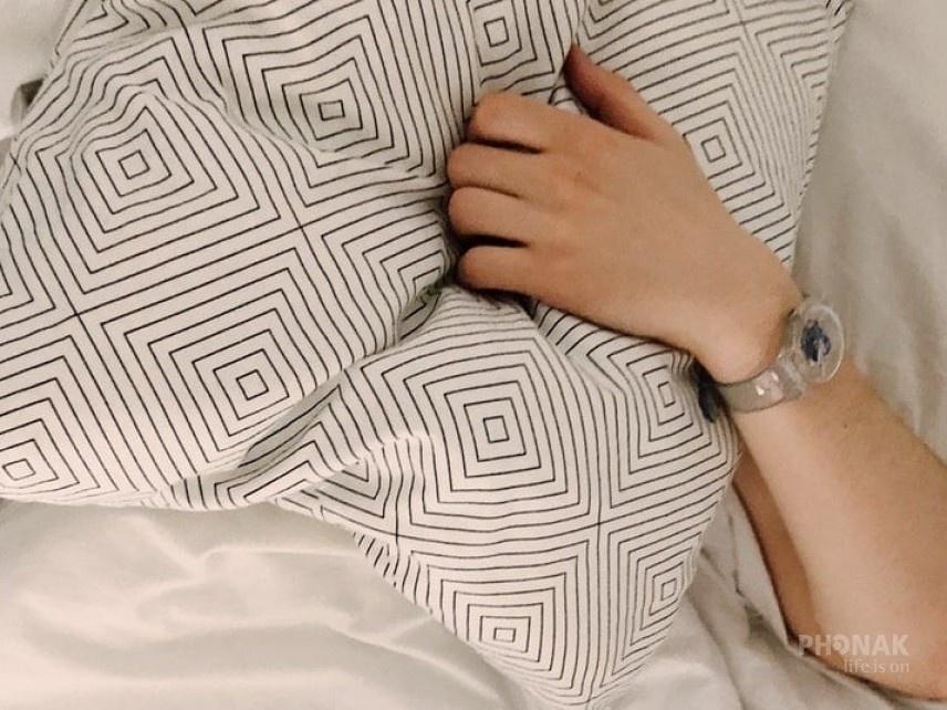 Az örök kérdés: aludhatok hallókészülékkel?